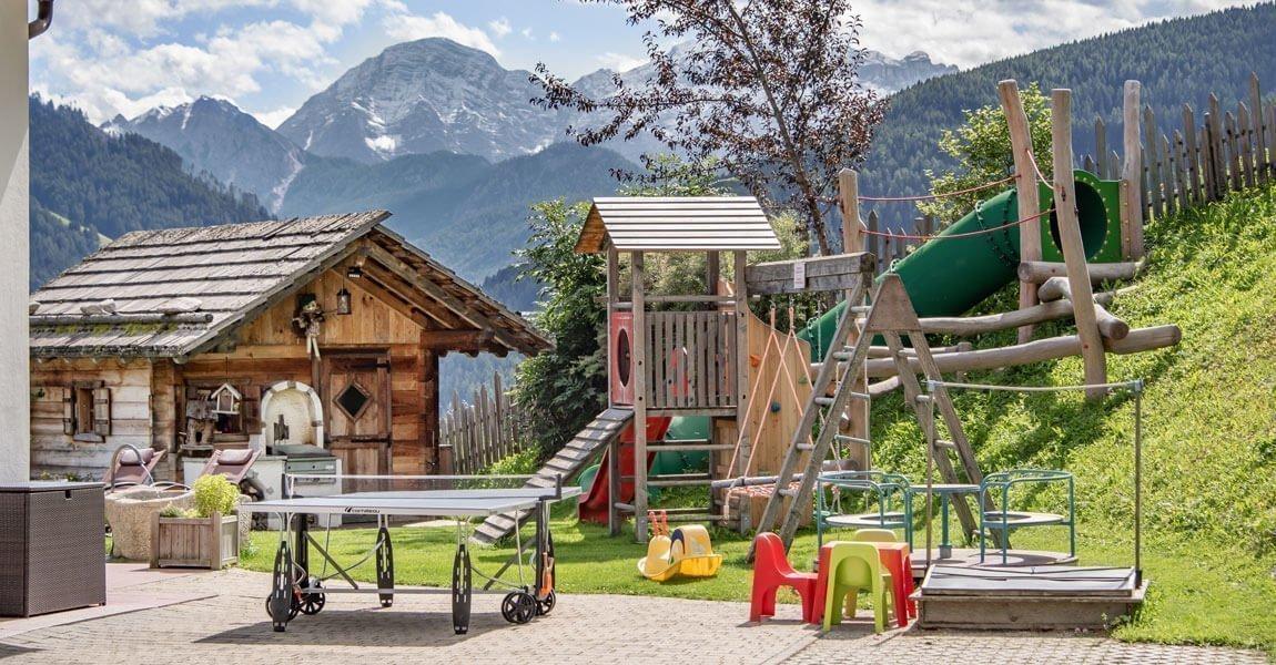 Il maso Pirchnerhof in Val Pusteria / Alto Adige offre tante opportunità ricreative per grandi e piccini
